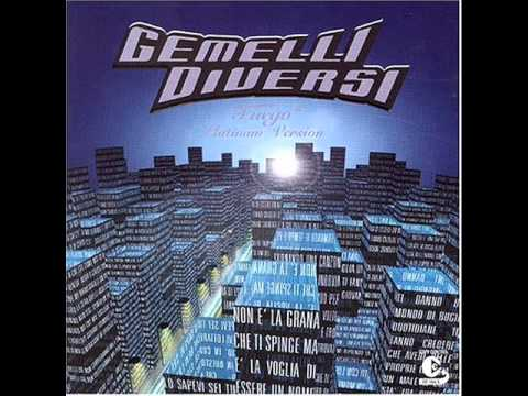 Gemelli diversi mary thg remix youtube for Gemelli diversi mery