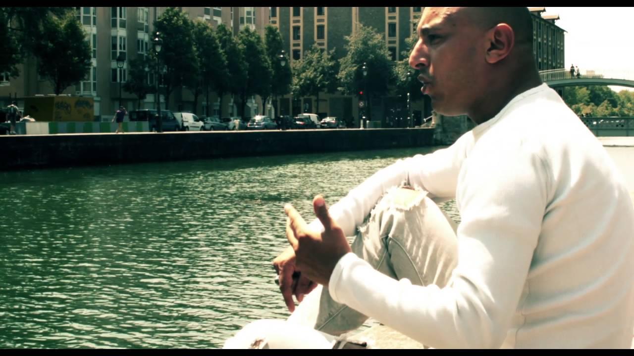 Download Ades - Ne Me Parle Plus D'Elle