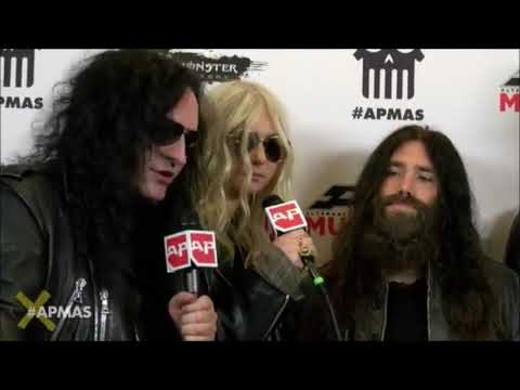 The Pretty Reckless red carpet interview with Ash Costello at the APMAS 2017