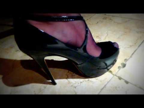 high-heel-patent-platforms-close-ups