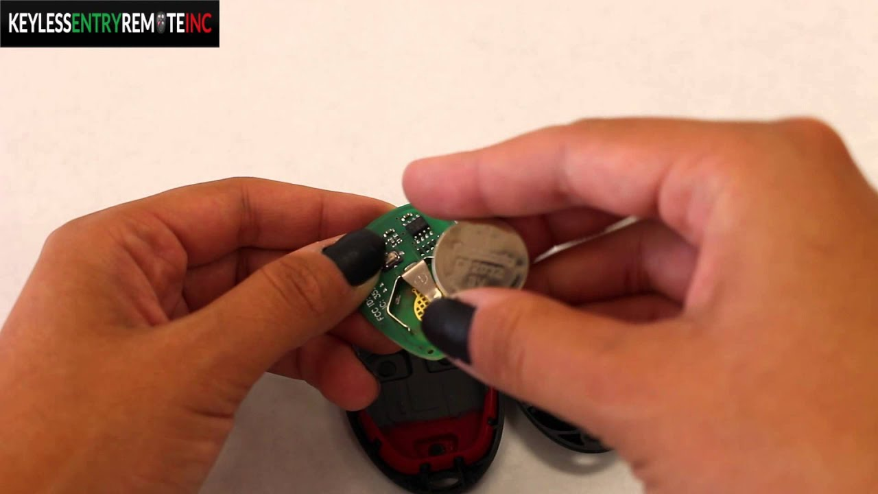 How To Replace Chevrolet HHR Key Fob Battery 2008 - 2011 ...