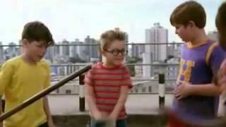 Cenas do Filme - O menino maluquinho