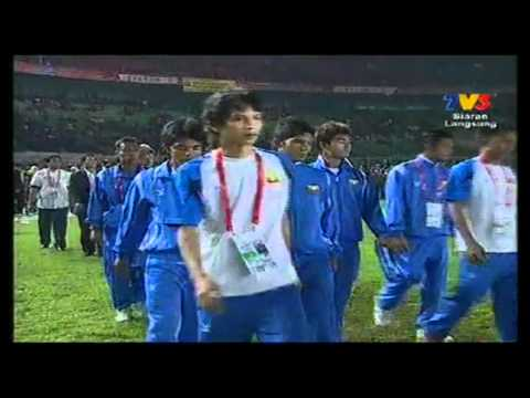 Sesi penyampaian pingat Emas Bola Sepak (Team Malaysia) Sea Games 2011 part 1