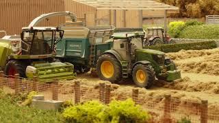 Brushwood Toys Farmyard Movie