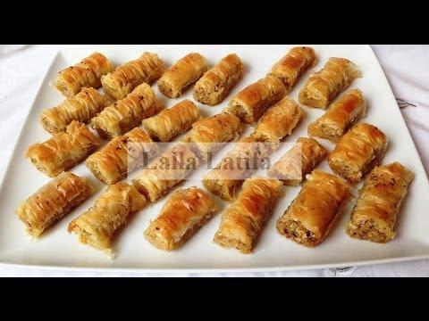 gâteaux à la noisette et à la pistache