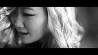 "Cover images ""Gentleman"" English version sung by eSNa (에스나, 윤빛나라)"