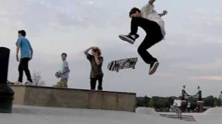 Slow motion skateboarding 6: Riley skatepark again