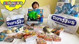 DINOSAURS from Toys R Us!! Skyheart's new dinosaur toys for kids trex mighty megasaur