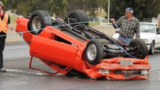 Drag Crash - Stooge V8 Torana
