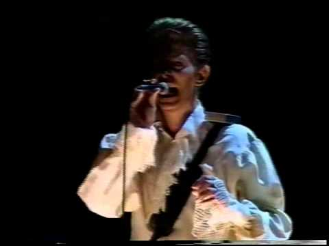 David Bowie - Station To Station live Tokyo In Dome 1990