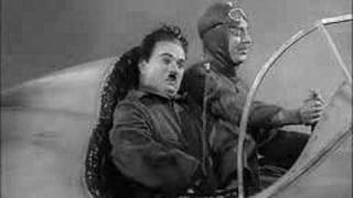 Charlie Chaplin - The Great Dictator 1940 - in a plane (Charlie Chaplin & Reginald Gardiner)