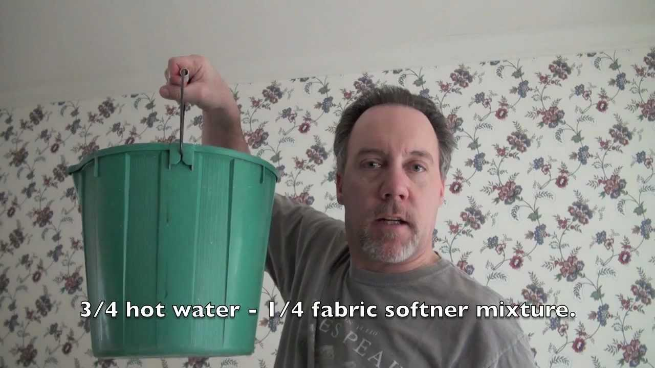HOW TO REMOVE WALL PAPER EASILY and QUICKLY...THE FUN WAY.