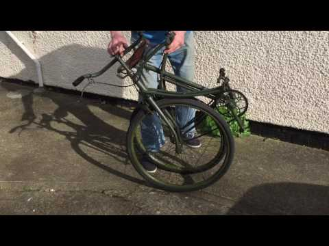 BSA AIRBORNE PARATROOPER BICYCLE being folded