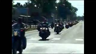 Veteran biker gang protects the funeral of a fallen soldier 3/5/11