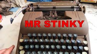 Smith Corona Clipper Evaluation Stinky