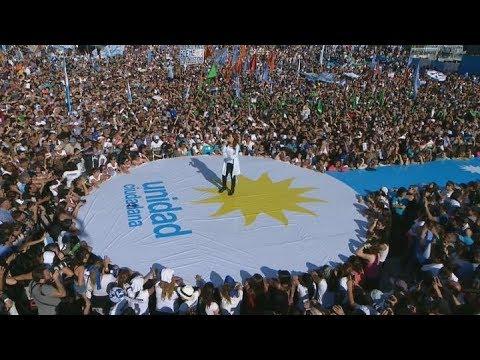 Cristina Kirchner realizó el cierre de campaña en el estadio de Racing Club