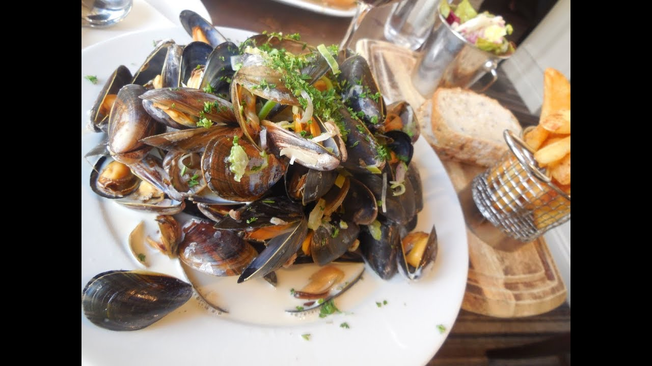 Visit Portree, Isle of Skye: Excellent Restaurants and Food