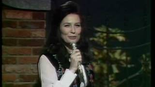 Watch Loretta Lynn Ive Got Texas In My Heart video