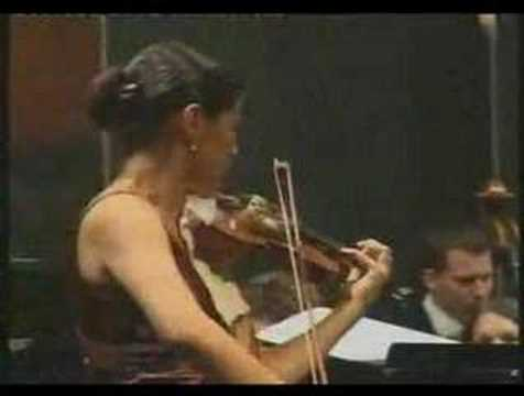 Elgar Violin Concerto Part III - Elena Urioste, violin