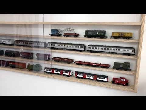Lejonthal Teil 9 Eine Sammlervitrine für Modelleisenbahnen