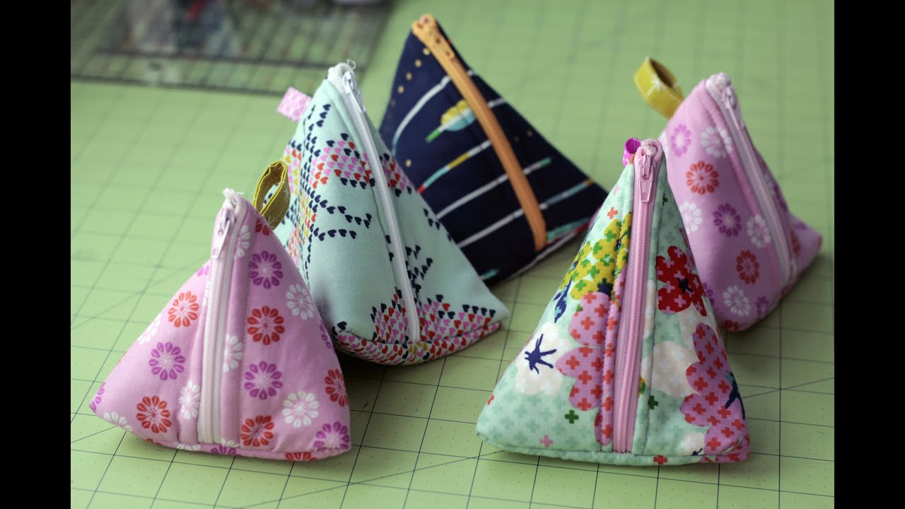 DIY Triangle Zipper Pouch Tutorial