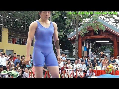Vật nữ . Lễ hội truyền thống làng Tiêu sơn 2018.
