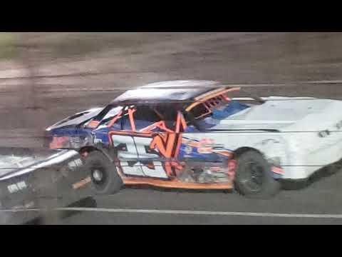 Stock car feature Salina Speedway 9.13