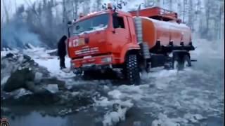 Мастерство и безбашенность водителей тяжелых грузовиков на севере России #8 TOUGH ON THE TRUCKS