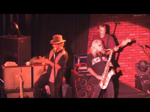 Summertime - The Guitars - LIVE @ The CoachHouse Concert Hall - musicUcansee.com