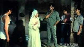 Shatrughan Sinha Dialogue (Mere Apne).wmv