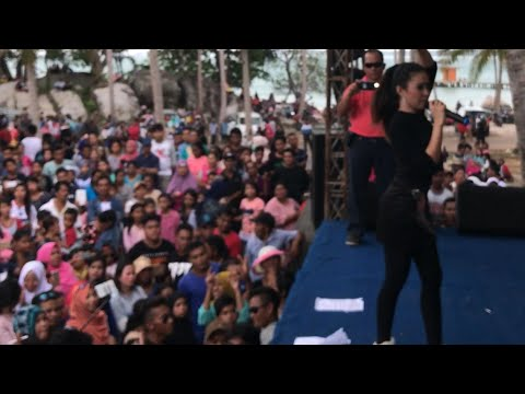 Goyang dumang baby shima live konser di Belitung Indonesia