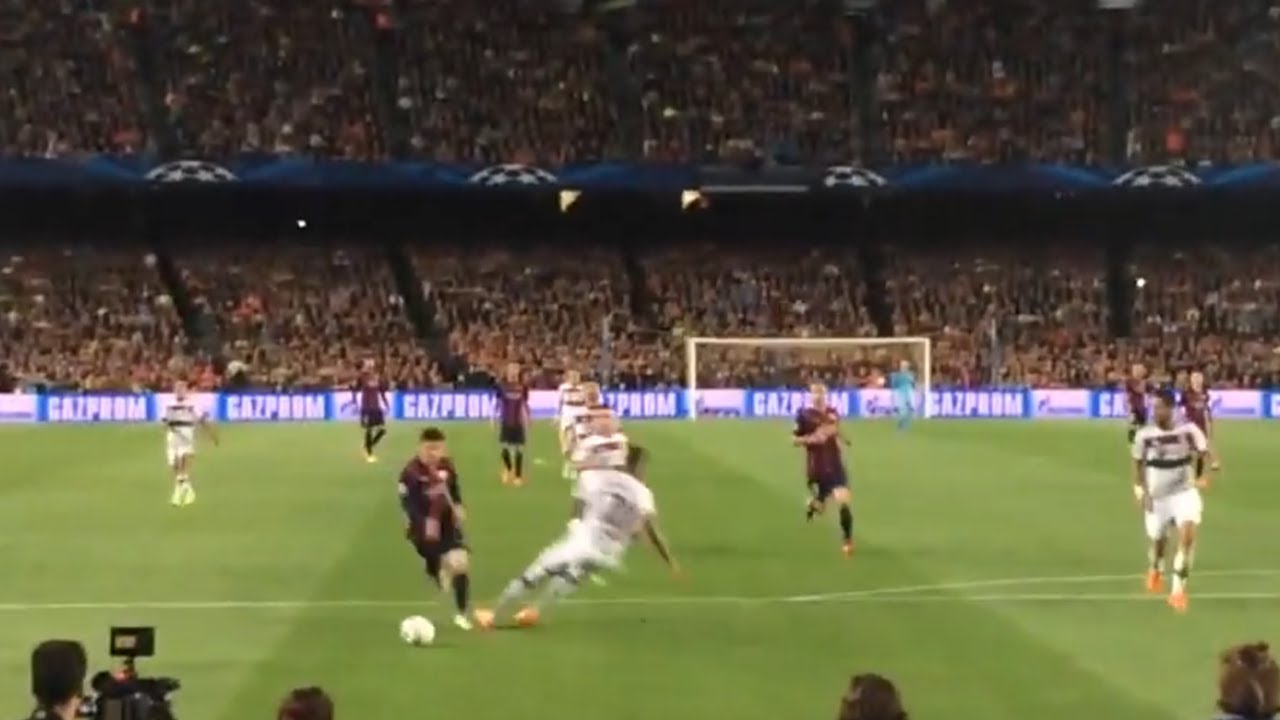 What It's Like To See LIONEL MESSI Play Live