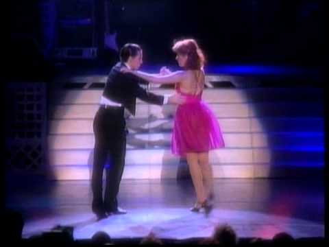 The Originals Dirty Dancers - JOHNNY'S MAMBO (Dirty Dancing Live In Concert 1988)