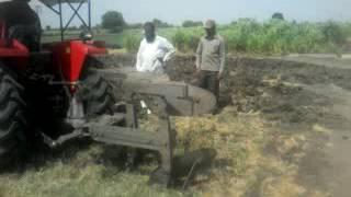 किसान ट्रैक्टर, संगमनेर