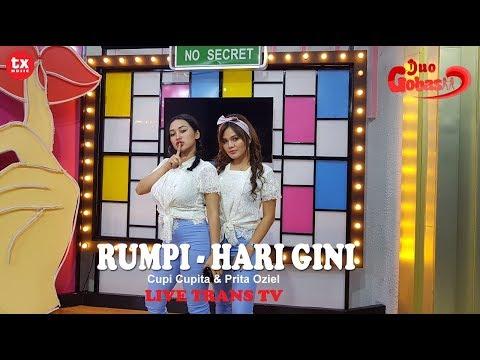 HARI GINI - DUO GOBAS ( Cupi Cupita & Prita Oziel ) LIVE  RUMPI NO SECRET TRANS TV