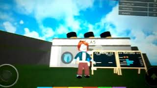 I'm playing Roblox restaurant game part 2