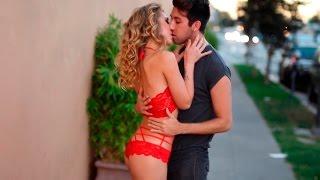 Парень развел стриптизершу на поцелуй - Пикап пранк