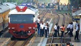 KAIS Wijaya Kusuma dan Rombongan Direktur Utama PT. KAI di Stasiun Rancaekek