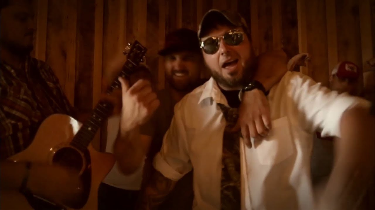 Download Tennessee Shine & Jawga Boyz - Hick Hop Thang (OFFICIAL MUSIC VIDEO)
