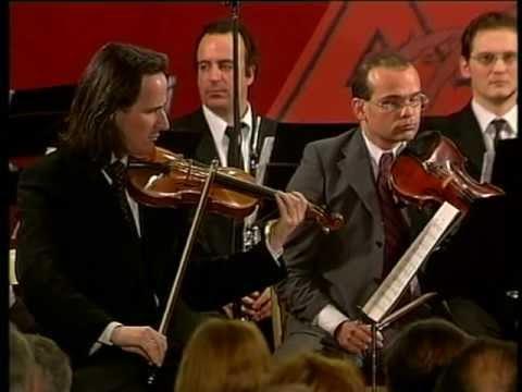 E. Schulhoff Suite fur Kammerorchester Officina Musicale