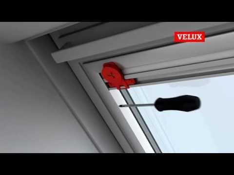 Velux RFL  Рулонна штора для мансардного вікна.