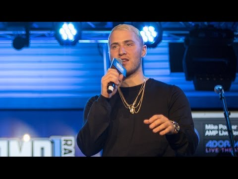 Mike Posner Talks To The Audience