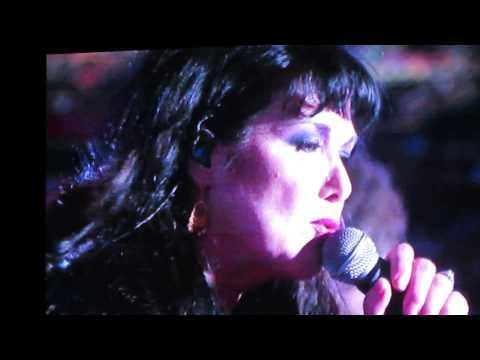 HEART (Live) Misty Mountain Hop ~ Led Zeppelin