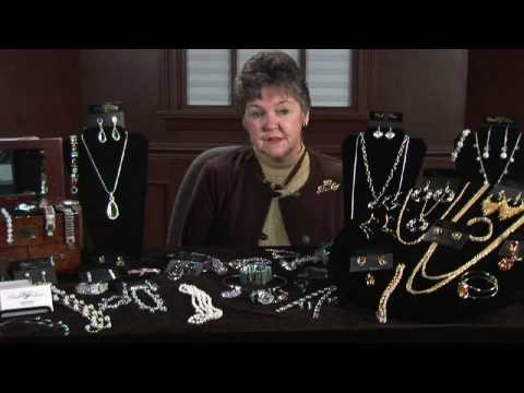 Buying & Selling Jewelry : How to Sell Jewelry
