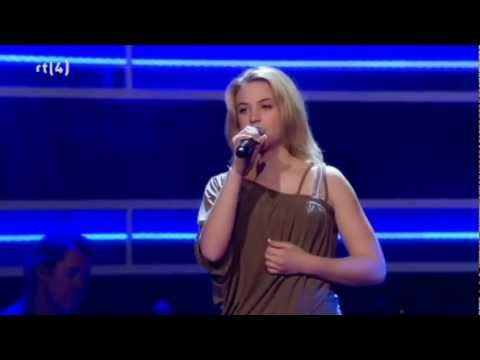 Fabiënne Bergmans - A Team (Blind Auditions)