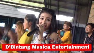 Joged Unik di Lagu Peuting Munggaran - D'Bintang a Entertainment@PO. Metropolitan AhmadZoedan