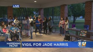 Community Gathers At Vigil For Murdered Denton Mother Jade Harris
