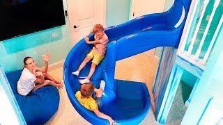 Ngôi nhà mơ ước của Vlad và Nikita với hai sân chơi trong nhà dành cho trẻ em