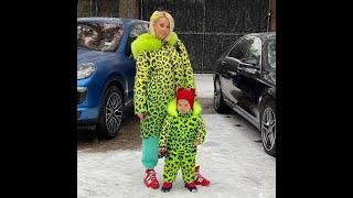 Лера Кудрявцева впервые сделала макияж двухлетней дочке