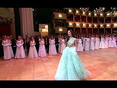 """Aida Garifullina⭐♫ """"Je Veux Vivre""""/aus Romeo et Juliette von Ch.Gounod"""